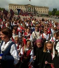 La Norvège fête ses 200 ans, un moment unique !