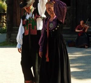 Costumes et fête nationale norvégienne